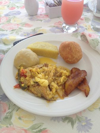 Polkerris Bed and Breakfast: Traditional Jamaican Breakfast