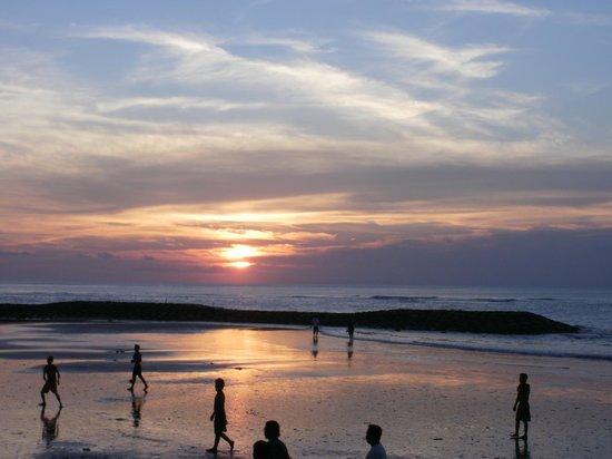 Kuta Beach - Bali : Sunset