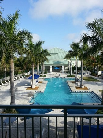 Provident Doral at The Blue Miami: Piscina