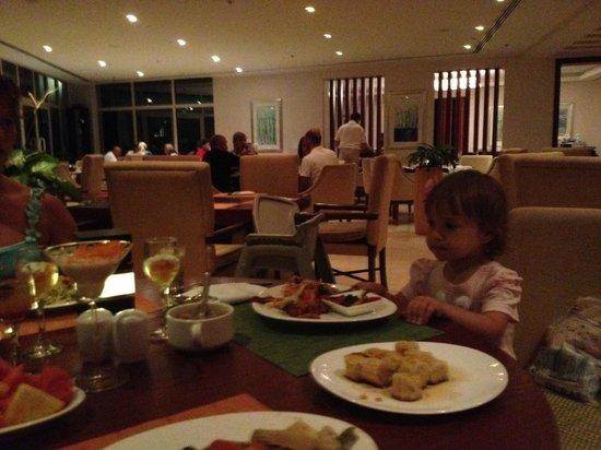 Radisson Blu Resort Fujairah: вкусняшки)