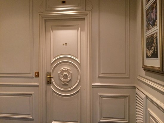 Hotel de Paris Monte-Carlo : Door