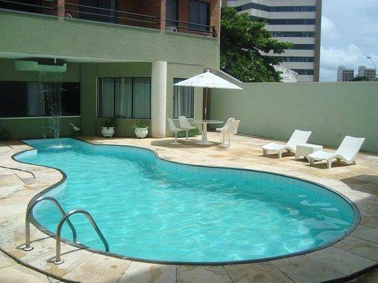 Hotel Sonho De Familia: piscina