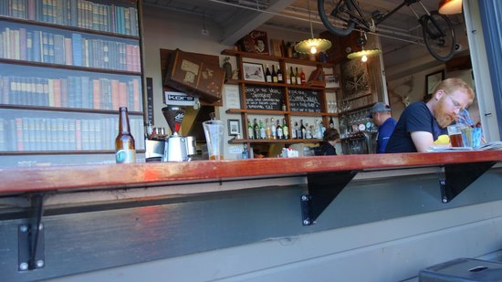 Atlas Beer Cafe: easy to miss