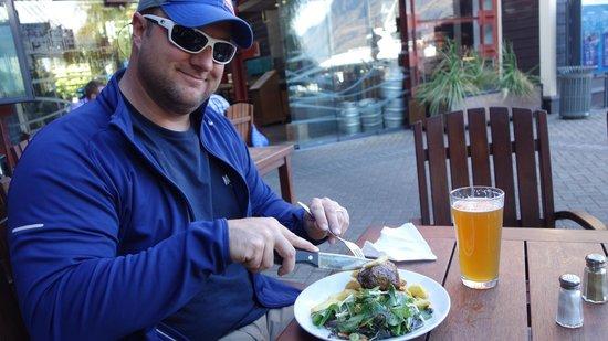 Atlas Beer Cafe: good food