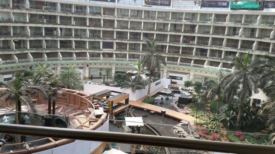Sahara Star Hotel : Balcony view
