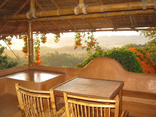 Phu Chaisai Mountain Resort : ระเบียง