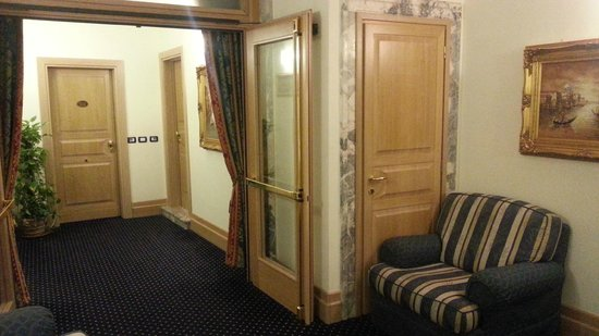Foscari Palace : couloir des chambres