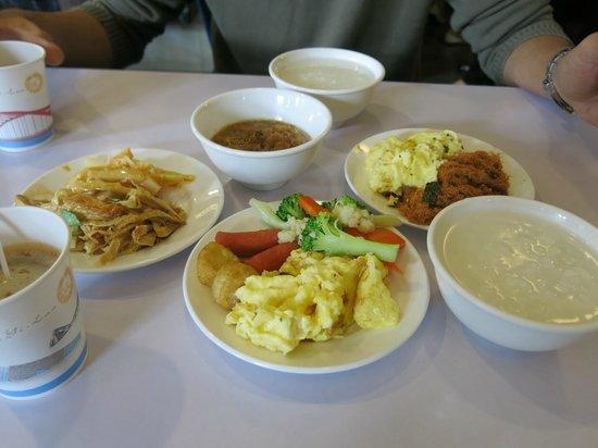 Sun Sweet Hotel : Breakfast 1