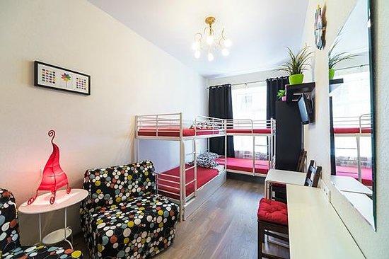 Hostel Mini Mani : 6-ти местный номер