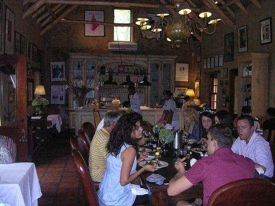Cafe BonBon : Cafe Bon Bon inside