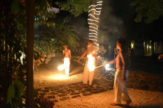 Rivoli : fire show on saturday