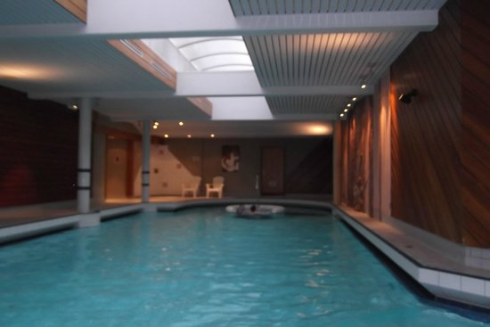 Hotel Restaurant Spa Verte Vallee : la grande piscine