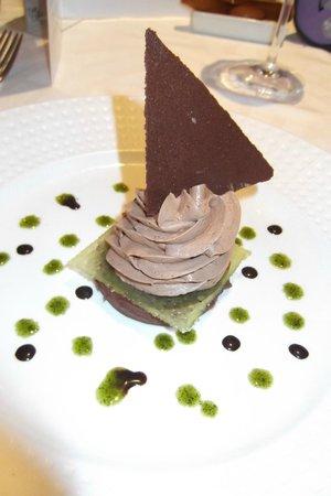 Hotel Restaurant Spa Verte Vallee : gaganche choco menthe, opaline et écume choco (gastro)