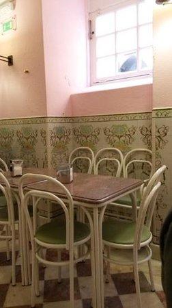 Piriquita II: interior de la pastelaria