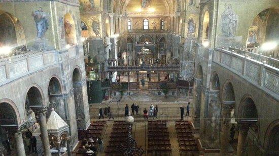 Basilique Saint-Marc : basilique