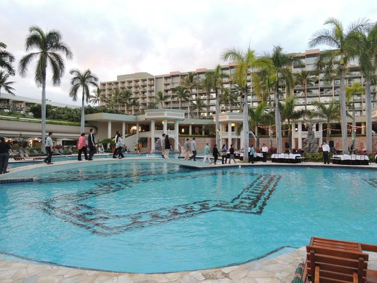 Marriott's Kaua'i Beach Club : View of the pool and the rooms