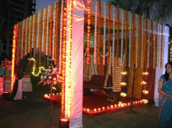 Seasons Hotel  - Rajkot : Decoration - Mehndi Night