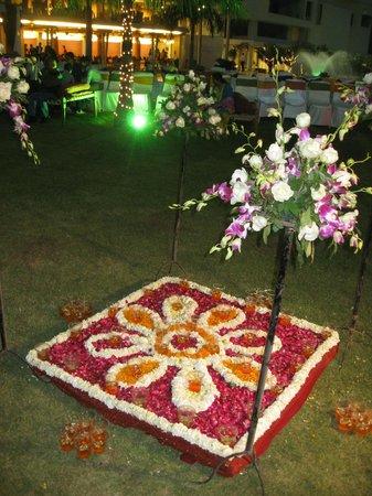 Seasons Hotel  - Rajkot : Decoration - Sangeet night & Mehndi night
