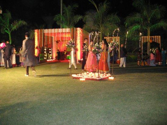 Seasons Hotel  - Rajkot : Sangeet & Mehndi Function
