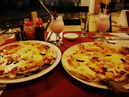 Swiss-Belinn Panakkukang Makassar : Complimentary Margherita Pizza