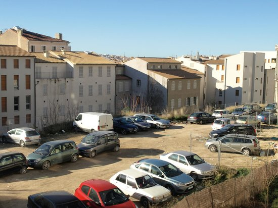 Holiday Inn Express Marseille-Saint Charles: View from my bedroom