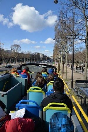L'Open Bus Tour : Los Campos Elíseos desde L'Open Bus
