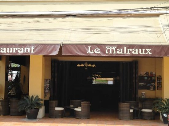 Le Malraux: The front facade