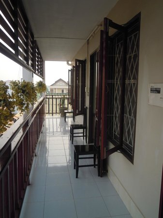 Mixay Paradise: The balcony, always spotless