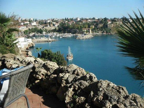 Dogan Hotel: Hafen