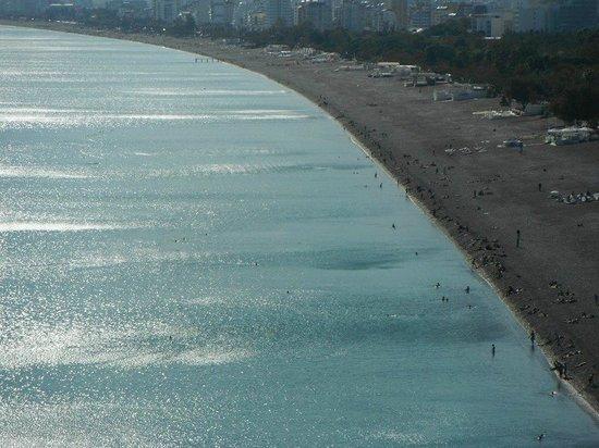 Dogan Hotel: Konyaalti Strand