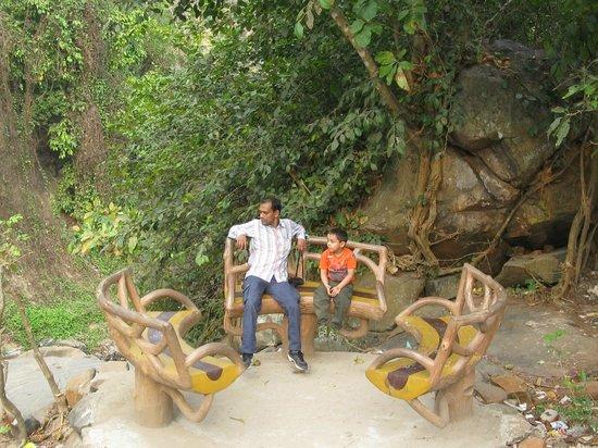 Panchalingeswar Temple: Rest Place