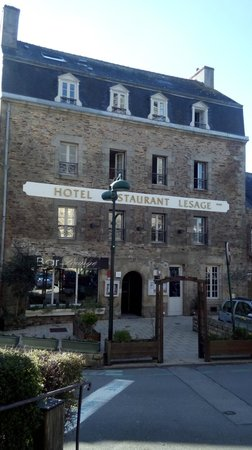 Hotel Lesage : The hotel front