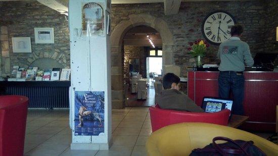 Hotel Lesage : Reception area