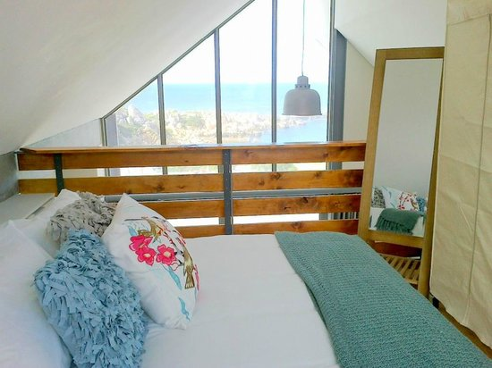 Harbour Road Self Catering Apartments : Wake up to the amazing panoramic ocean views