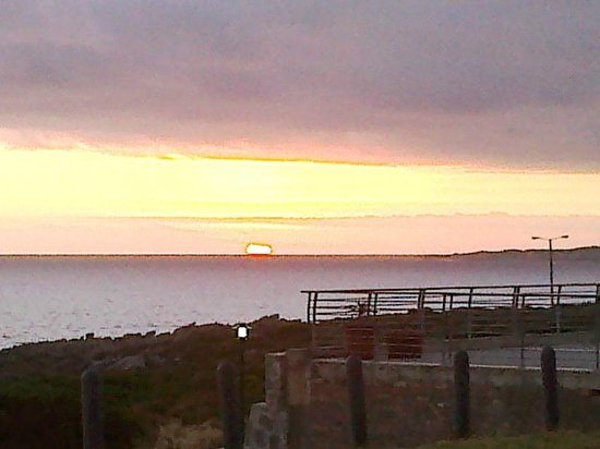 Harbour Road Self Catering Apartments : Sunsets from your balcony leave you mesmerized