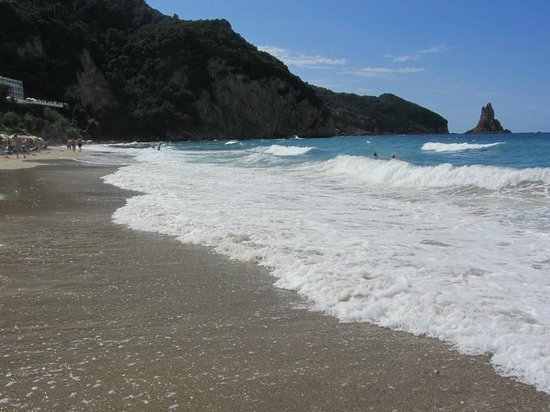 Mires House: Beach Agios Gordis
