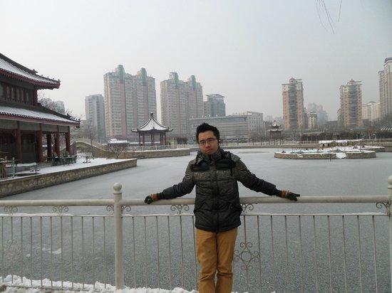 Tianjin People's Park: Tianjin People Park Lake