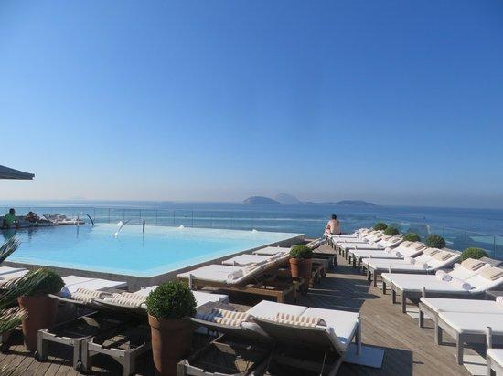 La piscine sur le toit picture of hotel fasano rio de - Hotel nice piscine sur le toit ...