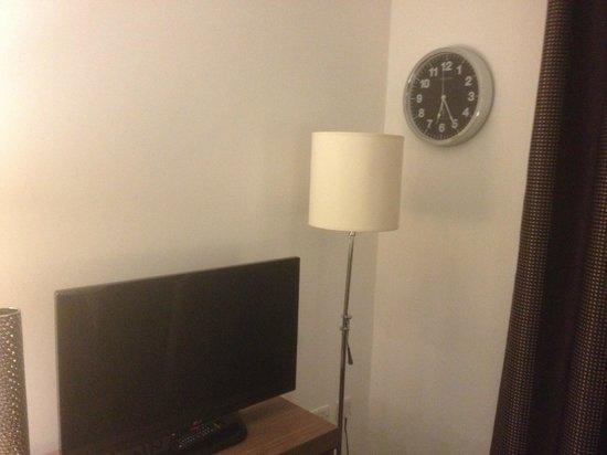 Staybridge Suites Birmingham: A decent TV