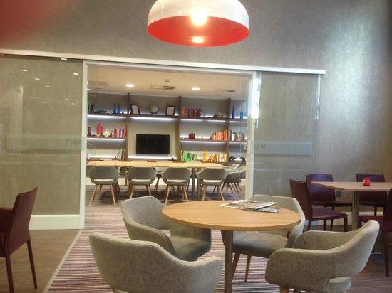 Staybridge Suites Birmingham: The Den - great for meetings