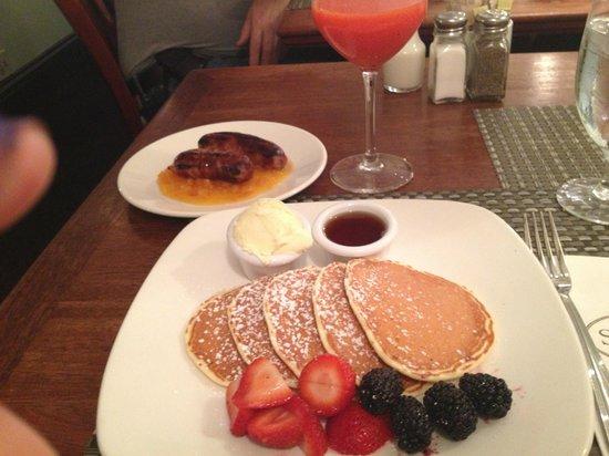 Sarabeth's Central Park South : pancake ricotta e limone