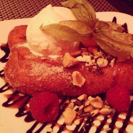 Prestons Restaurant + Lounge: The Big Foot