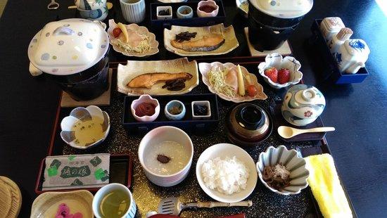 Yumoto Itaya: delicious breakfast