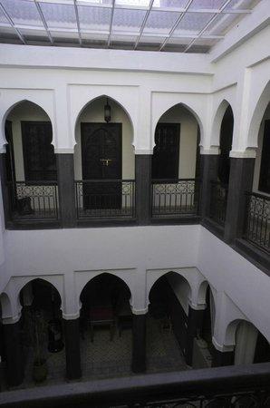 Riad Alnadine: Central space in Riad