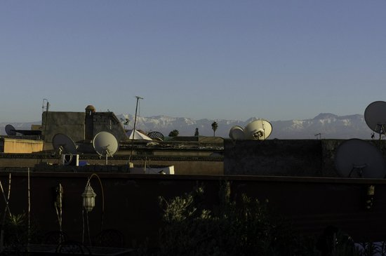 Riad Alnadine: View of the Atlas Mountains at Dusk