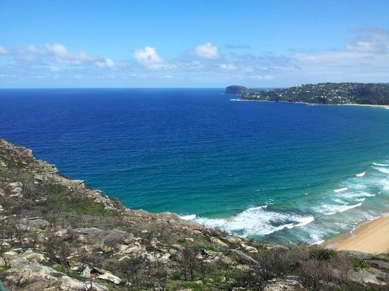 Barrenjoey Lighthouse: Pacific Ocean