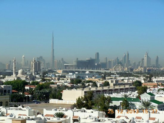 Premier Inn Dubai International Airport Hotel: Roof top view to Dubai
