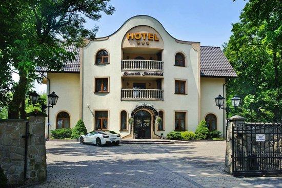 Dworek Skawinski: Hotel