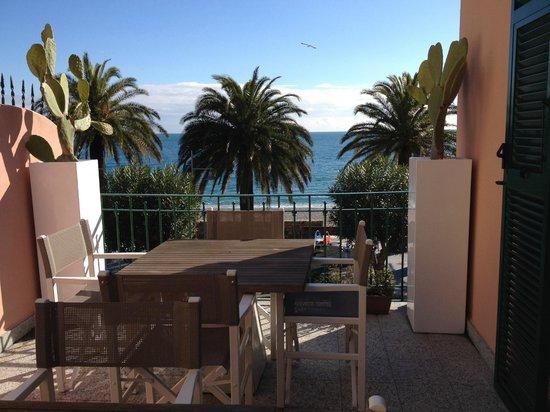 Ca' de Tobia: Panorama dal tavolo colazione esterna