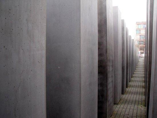 SANDEMANs NEW Europe - Berlin: Holocaust Memorial